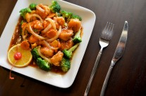 Orange Peel Shrimp – Lightly breaded jump shrimp in semi-sweet and spicy sauce infused with fresh orange peels